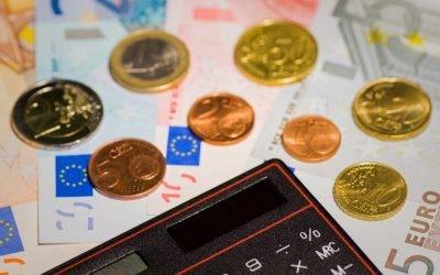 14.000 euro lenen, wat moet ik erover weten? | Lees er meer over & vergelijk kredietverstrekkers